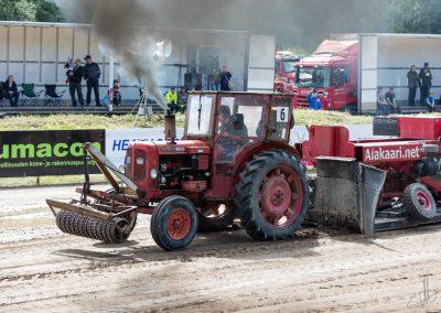 2016 07 10 - TractorPulling Inkeroinen - 0239
