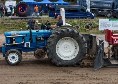 2016 07 10 - TractorPulling Inkeroinen - 0421