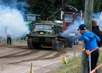 2016 07 10 - TractorPulling Inkeroinen - 0926