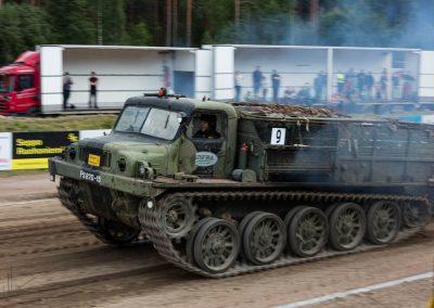 2016 07 10 - TractorPulling Inkeroinen - 0943
